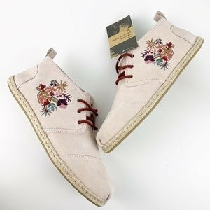 Toms Pink Embroidered Bota Booties NWT Venice
